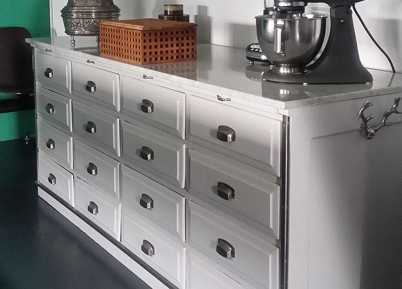 ordnung mit schubladen homestories. Black Bedroom Furniture Sets. Home Design Ideas